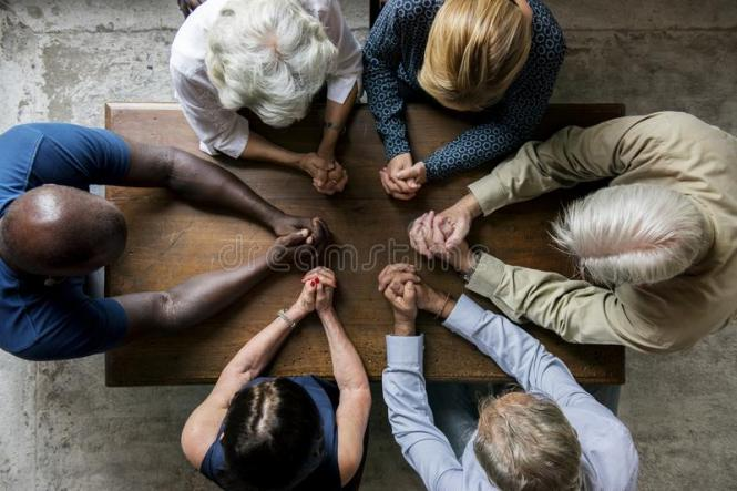 group-christianity-people-praying-hope-together-99982267